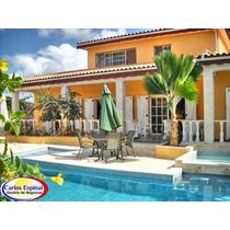 Casa Amueblada De Venta En Higuey, República Dominicana