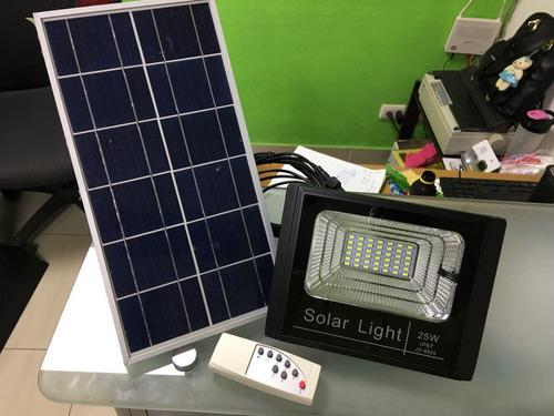 Reflectores Led Con Panel Solar