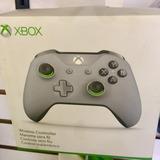 Control Xbox One Gris Con Verde