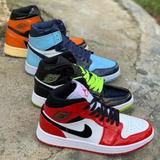 Tenis Nike Jordan Air Retro 1 Ultímate 2020