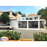 Casa Nueva En Venta En Santo Domingo, República Dominicana