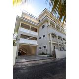Venta De Oportunidad De Edificio De Apartamentos En Los Corales