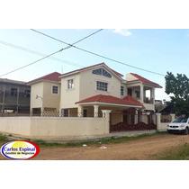 Casa De Venta En Higuey, República Dominicana Cv-086