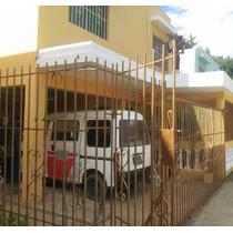 Muy Buena Casa De Dos Niveles, Res- Marañon, Villa Mella